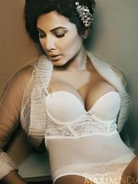Adhya Shetty in lingerie