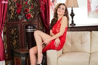 Red Hot Ms. Burns.. featuring Vicky Burns | Twistys.com