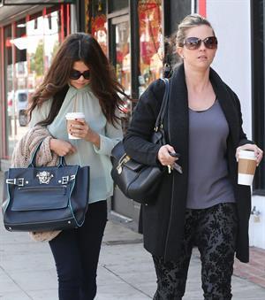 Selena Gomez walking in Los Angeles 10/3/13