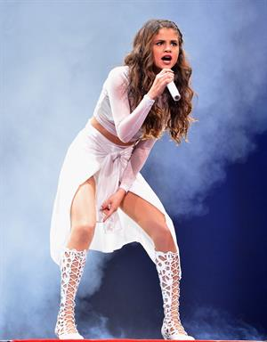 Selena Gomez – Stars Dance Tour in Brooklyn 10/16/13