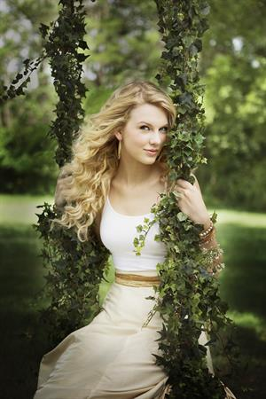 Taylor Swift - 2008 Tony Baker shoot for Country Weekly