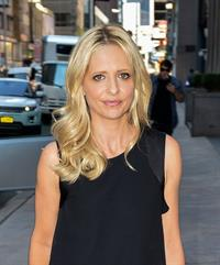 Sarah Michelle Gellar Out & about in New York on Oct. 1, 2013