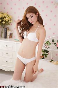 Chen Yang Jin in lingerie