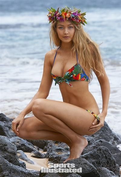 Gigi Hadid Sports Illustrated 2015