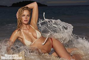 Erin Heatherton Sports Illustrated 2015