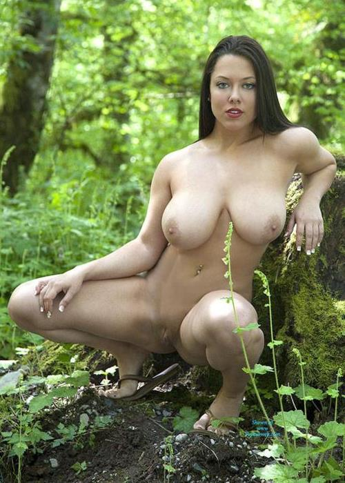 Freshman Sue Nude Pictures Rating  82210-8447