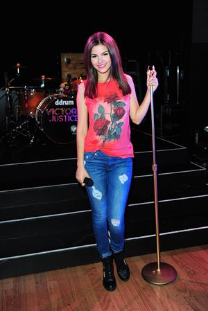 Victoria Justice Rehearsal for tour with Big Time Rush in Burbank - June 18, 2013