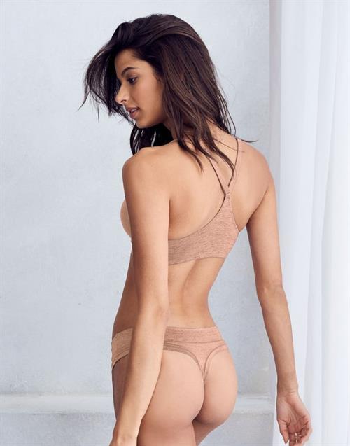 Lirio nude bruna 49 hot