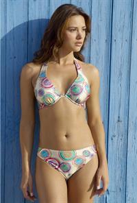 Alina Văcariu in a bikini