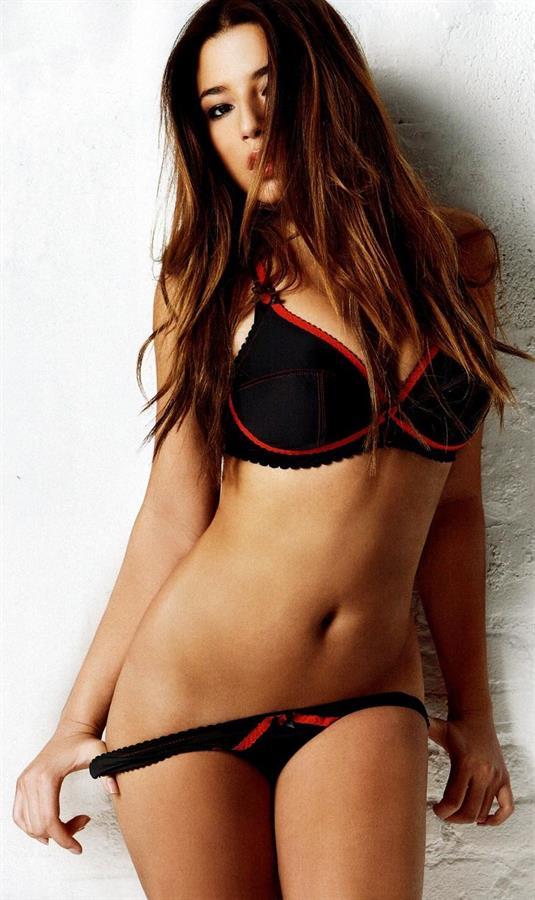 Jessica Gomes in lingerie