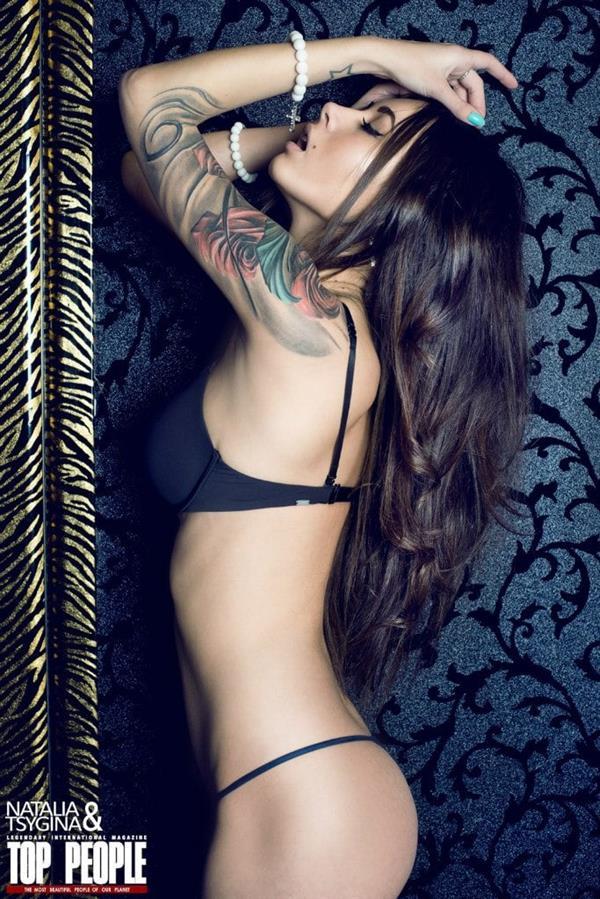 Diana Melison in lingerie