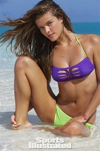 Nina Agdal - Sports Illustrated Swimsuit 2014