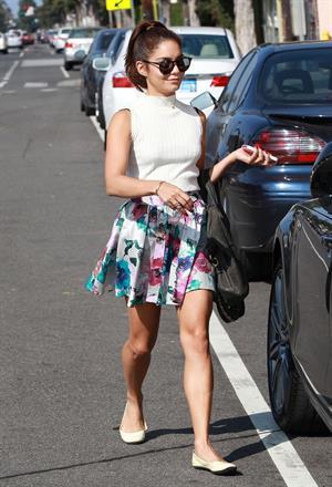 Vanessa Hudgens out in Santa Monica 8/1/13