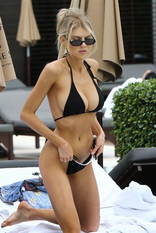 Katiuscia Torres Nude - 1 Pictures: Rating 8.97/10