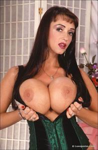Summer Cummings in lingerie - breasts