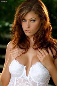 Ginger Jolie in lingerie