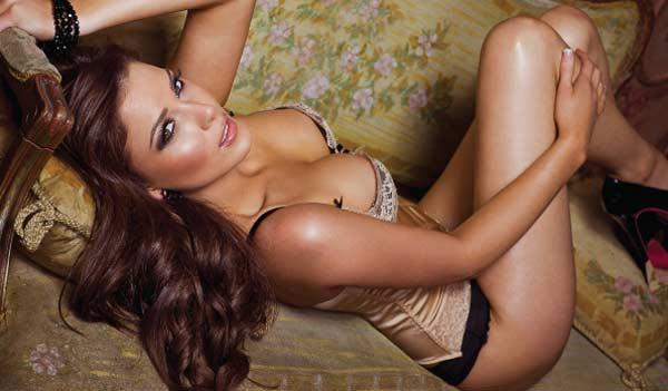 Hayley Pascoe in lingerie