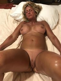 Sexy Amy nude