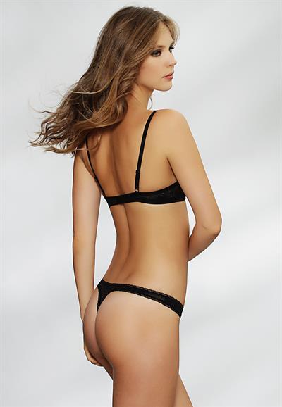 Olena Popova in lingerie - ass
