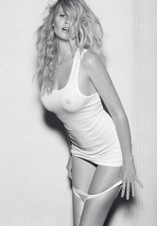 Lara Stone - breasts