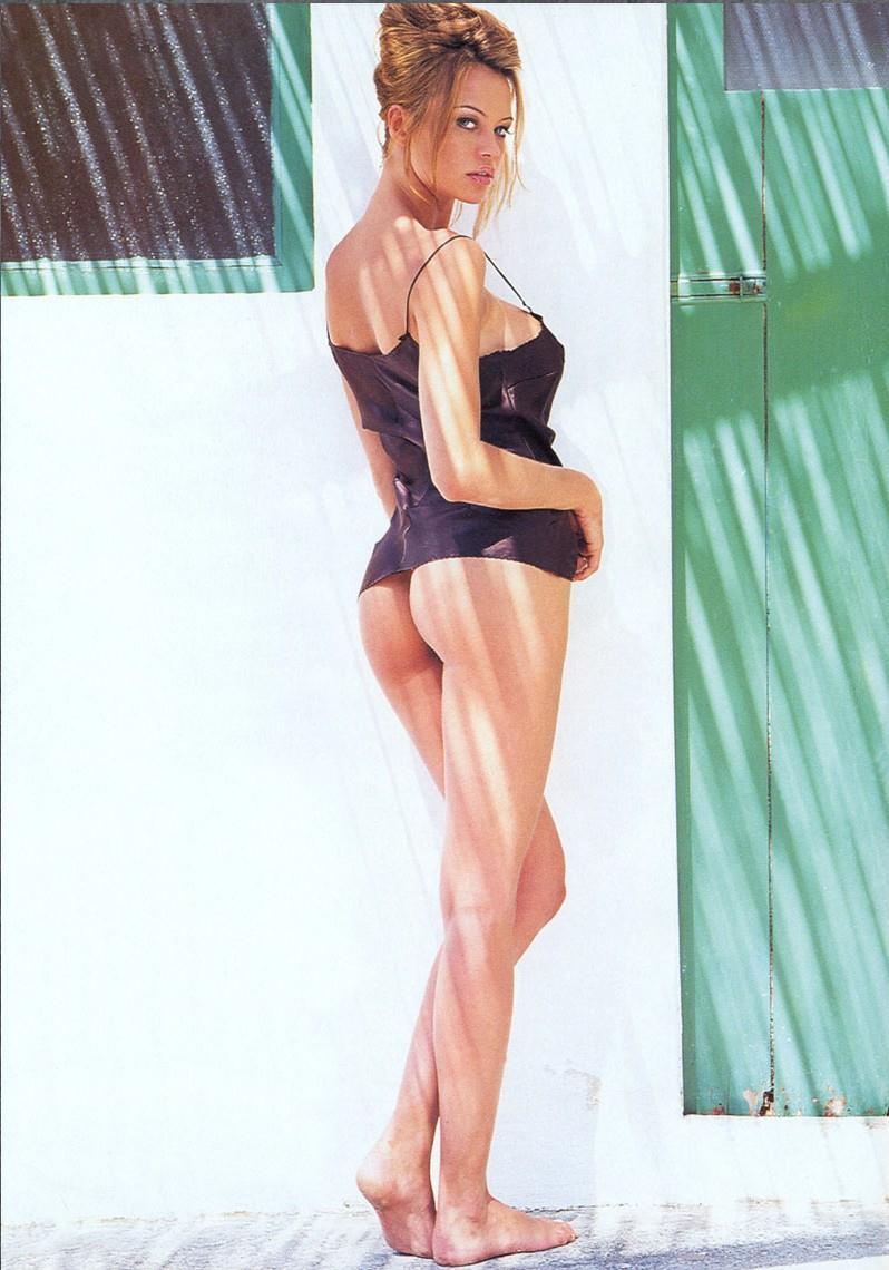 Anna Falchi in lingerie - ass