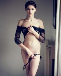 Lada Kravchenko in lingerie