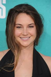 Shailene Woodley at 2012 MTV Movie Awards, June 3, 2012