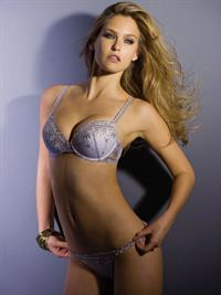 Bar Refaeli in lingerie
