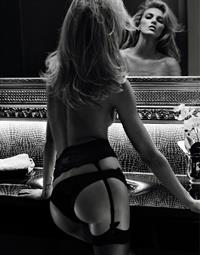 Anja Rubik in lingerie - ass